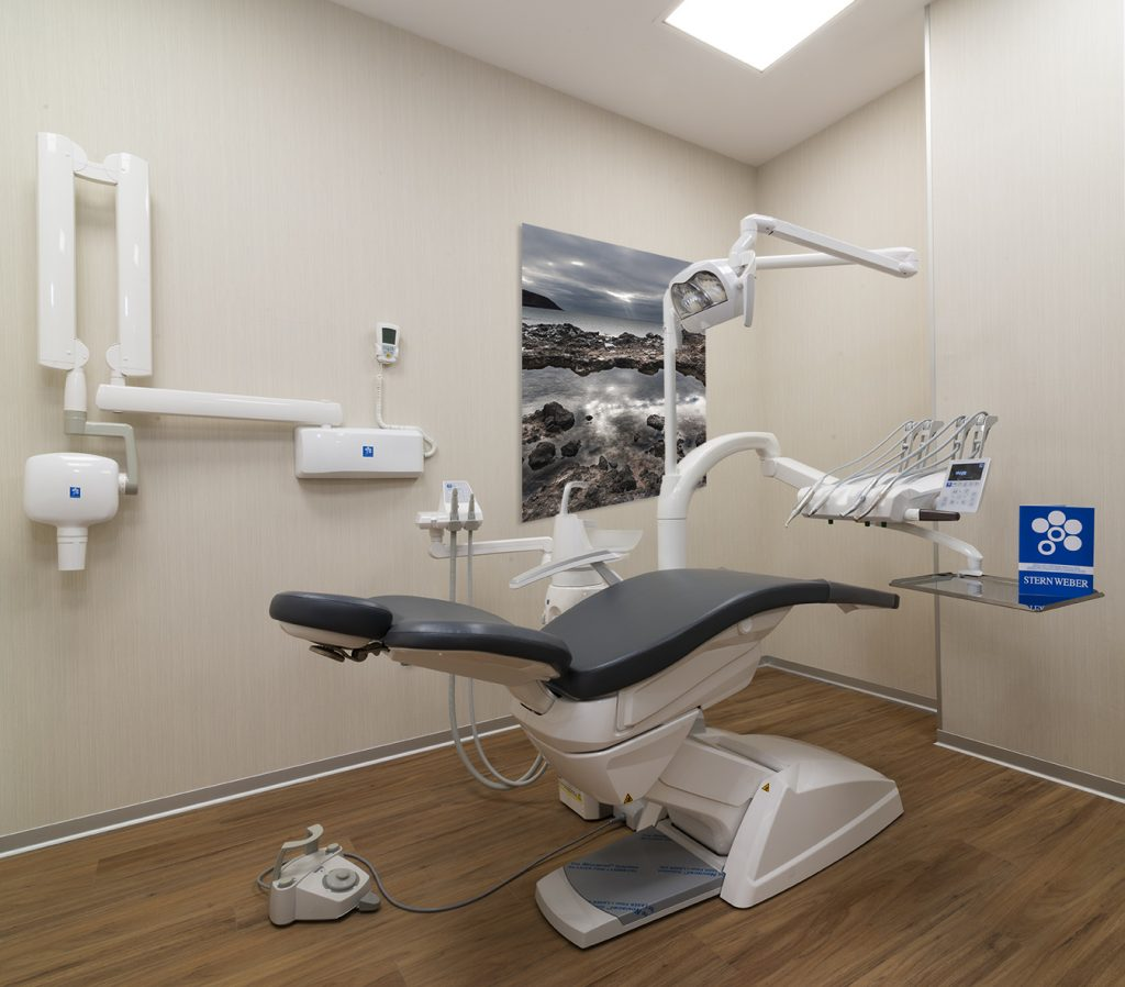 Gabinete dental planificado por D Dentalsat7, deposito dental en Canarias.